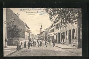 AK Germersheim, spielende Kinder in der Marktstrasse