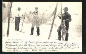 AK Fischer beim Netze flicken