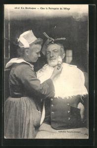 AK En Bretagne, chez le Perruquier du Village, Friseur