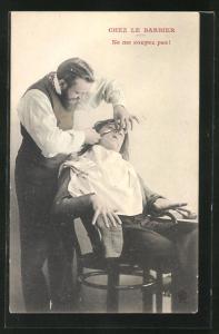 AK Chez le Barbier: Ne me coupez pas!, Barbier