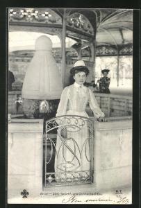 AK Vichy, une Donneuse d`Eau, Badekultur