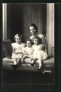 AK Prinzessin Sibylla von Schweden und Prinzessinnen Margaretha, Desiree und Birgitta