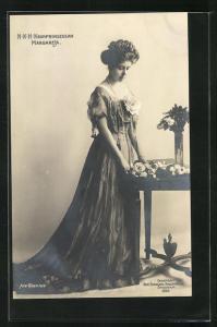 AK Kronprinzessin Margareta von Schweden in Abendkleid