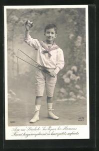 AK Fröhlicher Junge mit Diabolo im Garten, Spielzeug