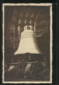 AK Glockenweihe in einer Kirche