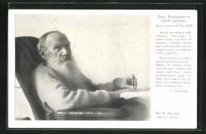 AK Portrait Tolstoi mit Vollbart auf einem Sessel sitzend