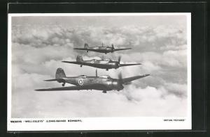 AK Vickers Wellesleys Long-Range Bombers