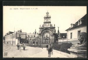 AK Dijon, Hopital Général, Strassenpartie