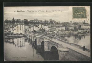 AK Confolens, Vieux Pont sur la Vienne - Quartier Saint-Barthélemy