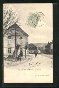 AK Villy-en-Auxois, La Place