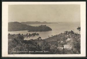 AK Grenada, View from Government House, Blick auf Häuser und Küste
