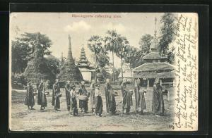 AK Rangoon, Hpoungyees collecting alms