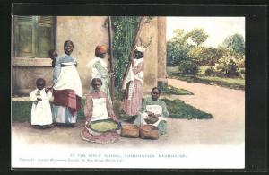 AK Fianarantsoa, At the Girl's School