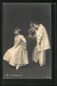 AK Ls Sculpture?..., Pierrot und Angebetete