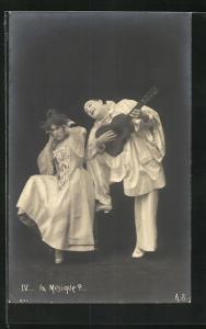 AK La Musique?..., Pierrot und Angebetete
