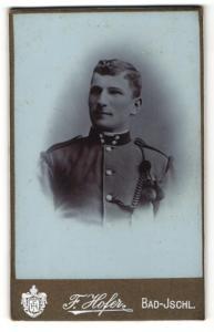 Fotografie Franz Hofer, Bad Ischl, Soldat in Uniform mit vier Sternen