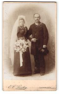 Fotografie E. V. Lustig, Lechhausen, Portrait Braut und Bräutigam, Hochzeit