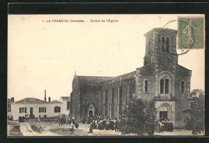 AK La Tranche, Sortie de l` Eglise