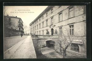 AK Montpellier, Porte de la Faculte de Medecine