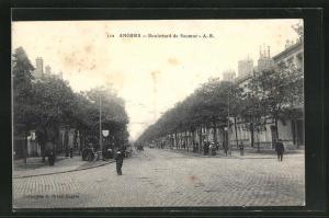 AK Angers, Vue dans le Boulevard de Saumur
