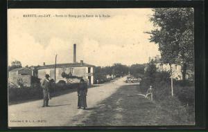 AK Mareuil-sur-Lay, Sortie du Bourg par la Route de la Roche