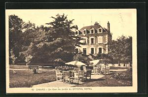 AK Dinard, Un coin du Jardin du Crystal Hotel