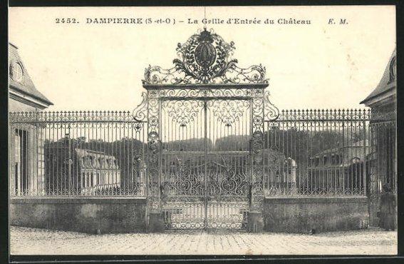 AK Dampierre, La Grille d`Entrée du Chateau 0