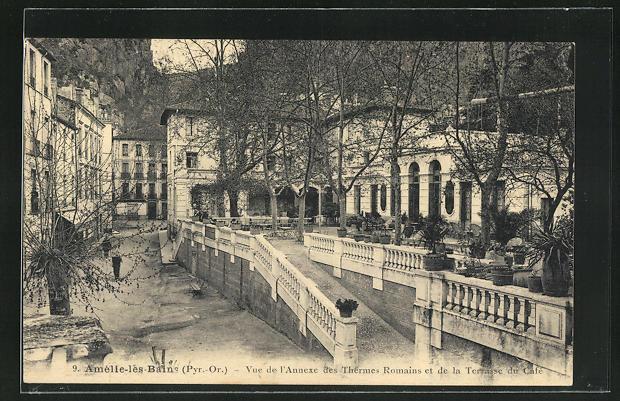 AK Amelie-les-Bains, Vue de l`Annexe des Thermes Romains et de la Terrasse du Café 0