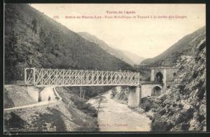 AK Vallee de l`Aude, Defile de Pierre-Lys, Pont Metallique et Tunnel a la sortie des Gorges