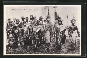 AK Phnom-Penh, Danseuses royales