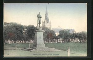AK Singapore, Statue of Sir Stamford Raffles