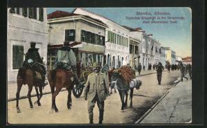 AK Shkodra, Kriegsbild in der Hauptstrasse einer albanischen Stadt