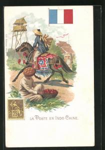 AK Indo-Chine, La Poste, Briefträger reitet auf seinem Pferd, Briefmarke und Flagge