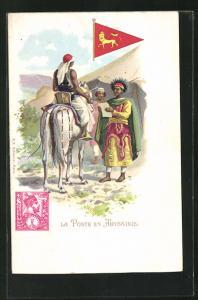 AK Abyssinie, La Poste, Postbote, Mann erhält einen Brief, Briefmarke und Wimpel