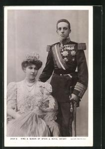 AK King & Queen of Spain & Royal Infant