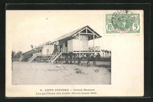 AK Grand Bassam, Les pavillons des isoles