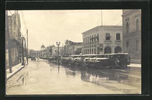 AK Barranquilla, Strasse mit parkenden Autos