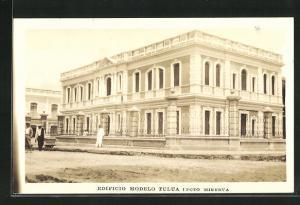AK Tulua, Edificio Modelo, Rathaus