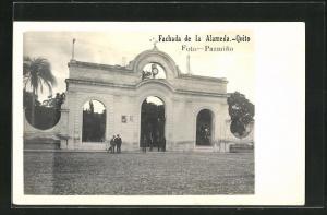 AK Quito, Fachada de la Alameda