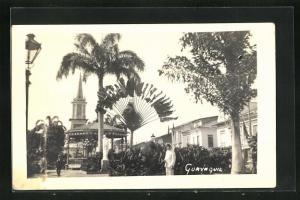 AK Guayaquil, Blick vom Park zum Kirchturm