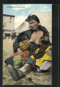 AK Mickaninie`s Kow Kow, Mutter gibt Kindern die Brust, First Nation