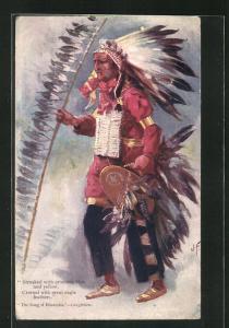Künstler-AK J. F.: The Song of Hiawatha - Longfellow, Tänzer mit zeremoniellem Federschmuck, First Nation