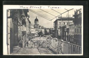 Foto-AK Fjumo / Fjume, Main Street, Blick von Balkon auf die Hauptstrasse