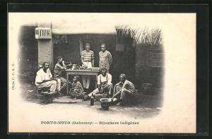 AK Porto-Novo, Bijoutiers indigenes