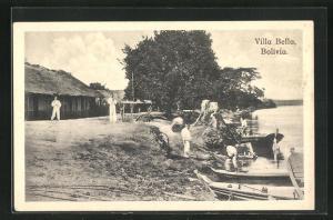 AK Villa Bella, Fischer entladen ihre Boote an Land