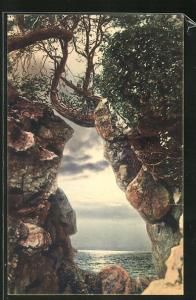 AK Gagry, Vue sur le mer, prise de la grotte