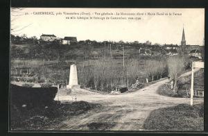 AK Camembert, Vue generale, Le Monument eleve a Marie Harel et la Ferme