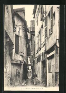 AK Royes, La Rue des Chats