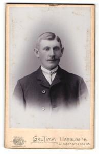 Fotografie Carl Timm, Hamburg, Mann im Jacket mit Schnauzer und dünnem Binder