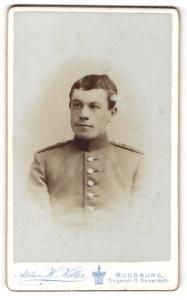 Fotografie H. Keller, Augsburg, Portrait Soldat in Uniform